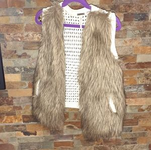 Girls size 6X Poof girl faux fur vest